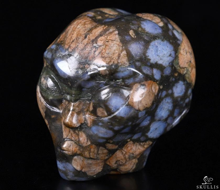Que Sera Stone Llanite Crystal Female Alien Skull
