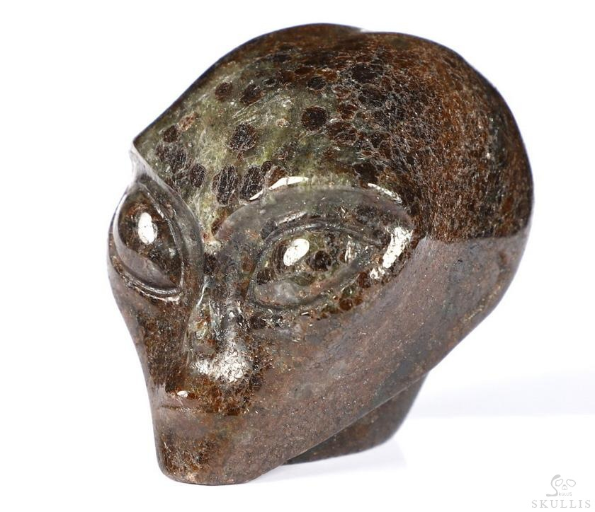 Garnet Crystal Female Allien Skull