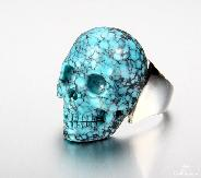 Gemstone Size 8, Turquoise Carved Crystal Skull Ring with Sterling Silver
