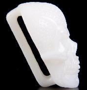 New White Jade Carved Crystal Skull Buckle